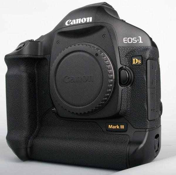 Canon EOS 1Ds MkIII vs. Nikon D3 Digital SLR Review ...