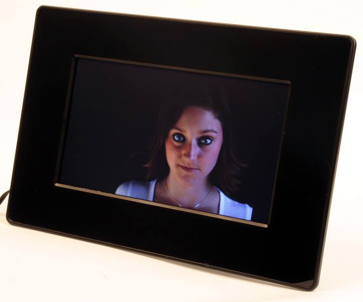 Wifi Digital Photo Frame Review | Frameswall.co