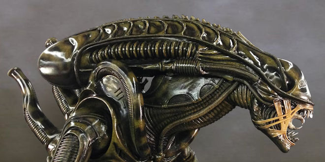 Alien Warrior Life-Size Statue by Hollywood #Collectibles Group