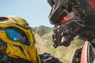 Transformers Autobots vs Blitzwing - Stop Motion Animation - Epic battle.