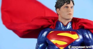 DC Comics Icons Superman 1:6 Scale Statue