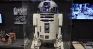 Star Wars R2D2 appears at robot exhibition