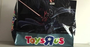 STAR WARS - HUGE DARTH VADER GIFT BAG - TOYS R US UK
