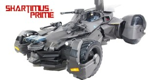 Justice League Ultimate Batmobile 1:12 Scale Mattel Remote Control DC Comics Vehicle Figure Review