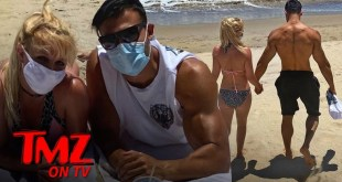 Britney Spears & Her Boyfriend Look Hot At The Beach | TMZ