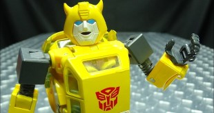 MP-45 Masterpiece BUMBLEBEE 2.0: EmGo's Transformers Reviews N' Stuff