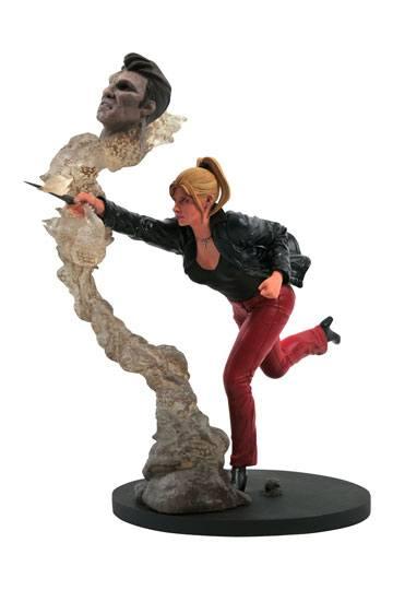 Buffy PVC Statue