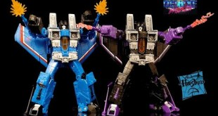 Hasbro War for Cybertron Earthrise Thundercracker and Skywarp Target 2 Pack Transformer Review!