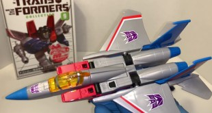 G1 Transformers Collection #9 - Starscream Takara Bookstyle Review