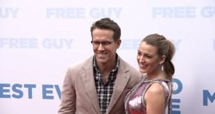 Disney Free Guy Movie 2021 - New York Premiere Preview look w / Ryan Reynolds