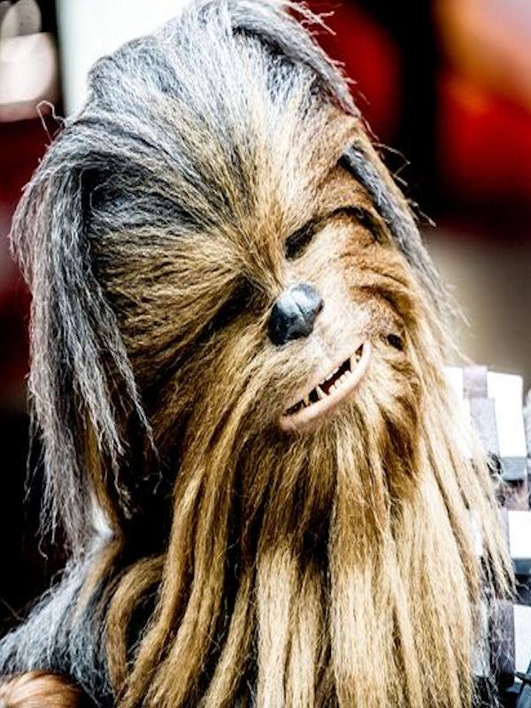 comic-con-london-chewbacca