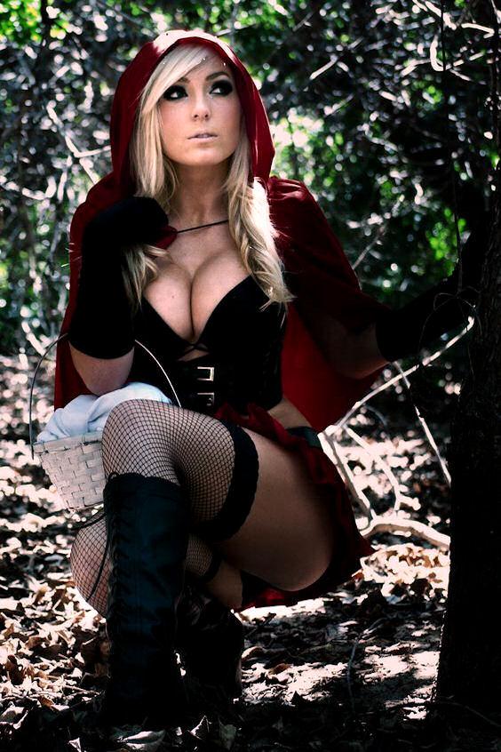 jessica-nigri-cosplay-red-riding-hood