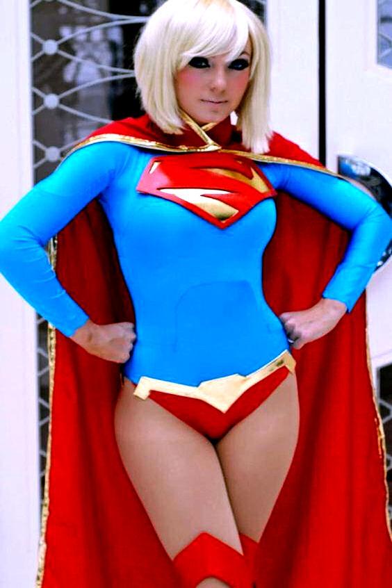 jessica-nigri-cosplay-super-girl