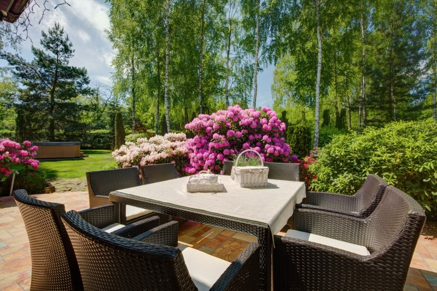 Patio Designs and Layouts   Epic Home Ideas on Garden Patio Designs And Layouts id=11552