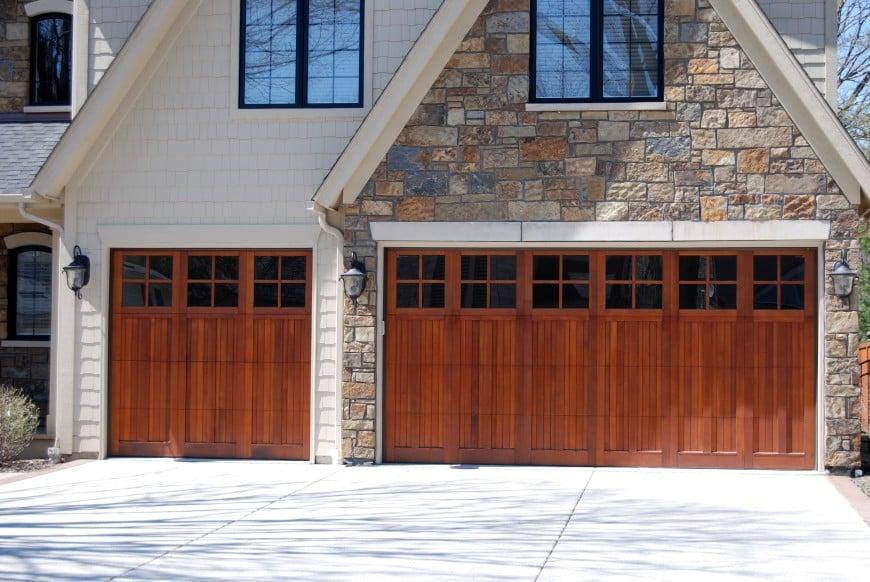 54 Cool Garage Door Design Ideas (PICTURES) on Garage Door Ideas  id=17225