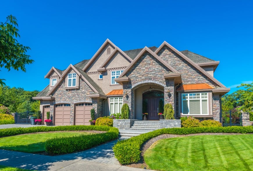 8 Types of House Siding Materials - Pros & Cons of House ... on Siding Ideas  id=99951