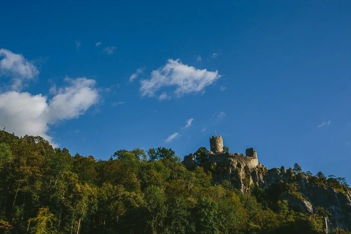 Kreativer Kreativer Hochzitsfotograf in Schweiz Burg Neu-Falkenstein-100001-8