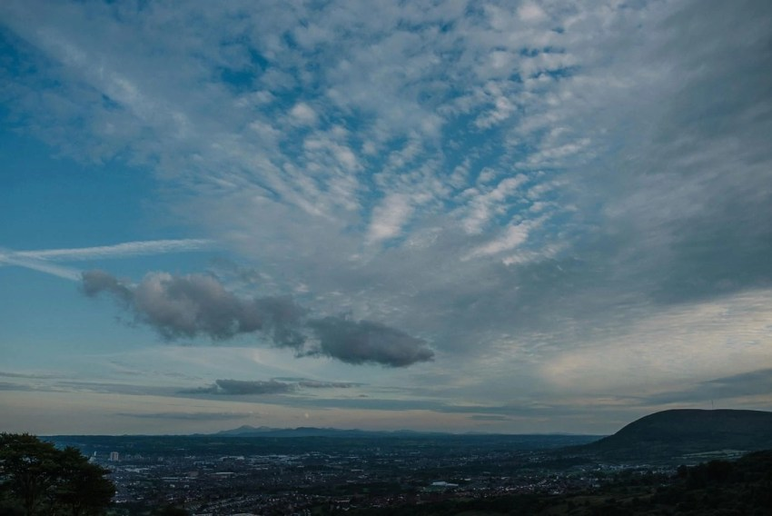 cavehill-engagement-shoot-belfast-northern-ireland_0001