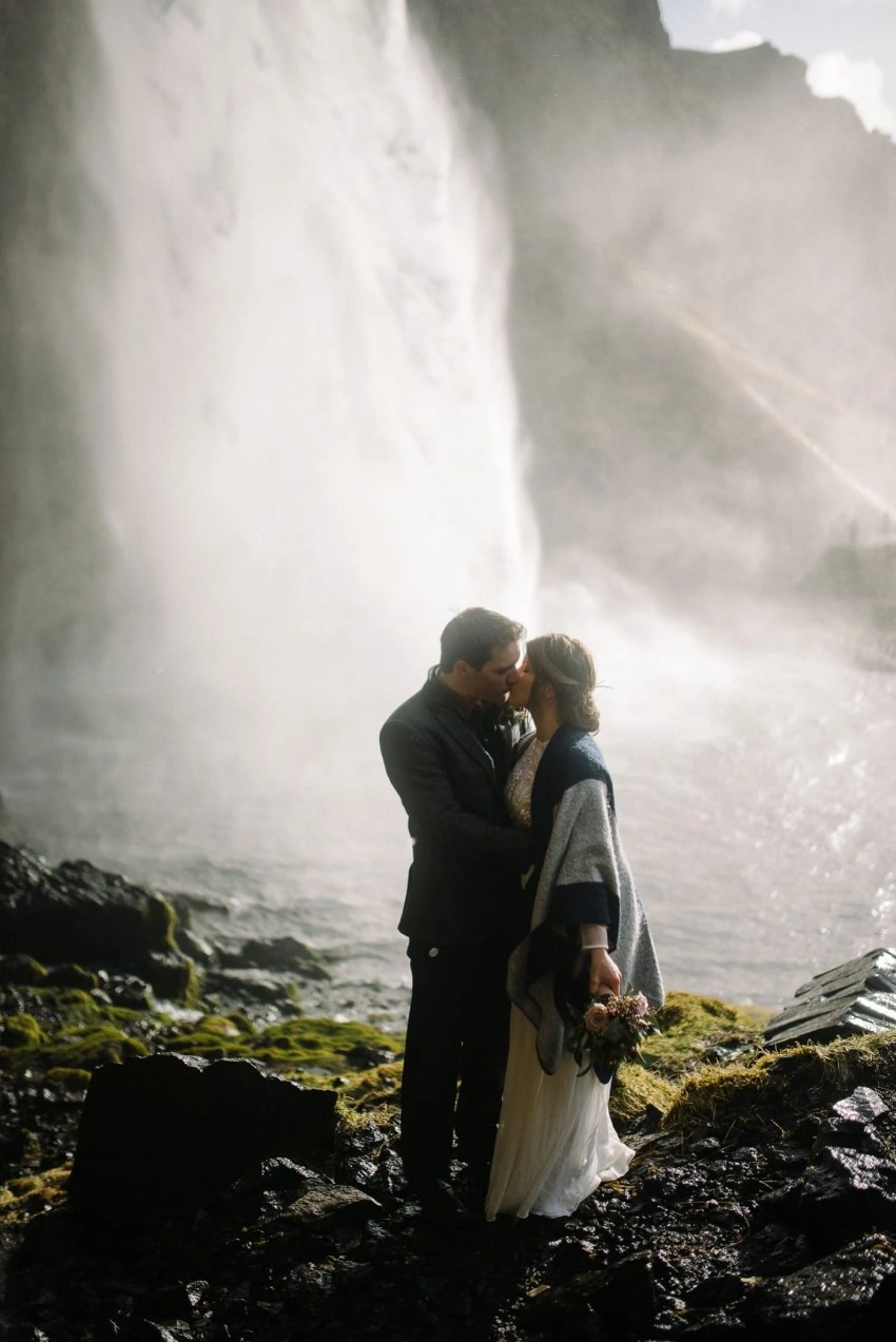 iceland-wedding-photographer-advenuture-elopement-iceland-photography_0056