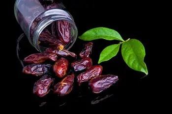 dates have seven grams of fibre