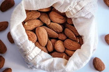 Almonds contain Vitamin E which helps keep the immune system healthy