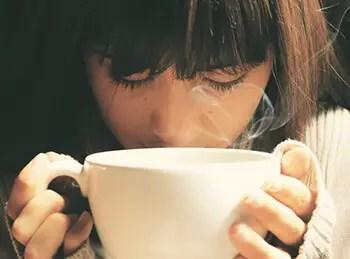 Facial at home steam treatment using tea