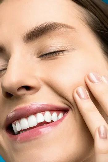helps whiten teeth