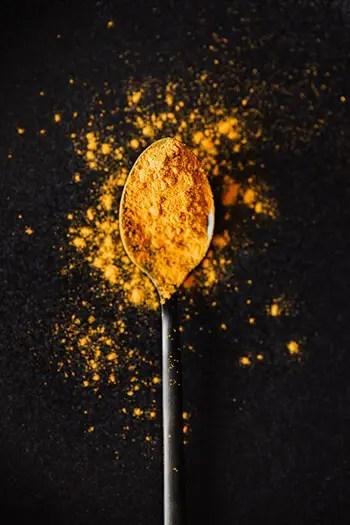 make turmeric paste