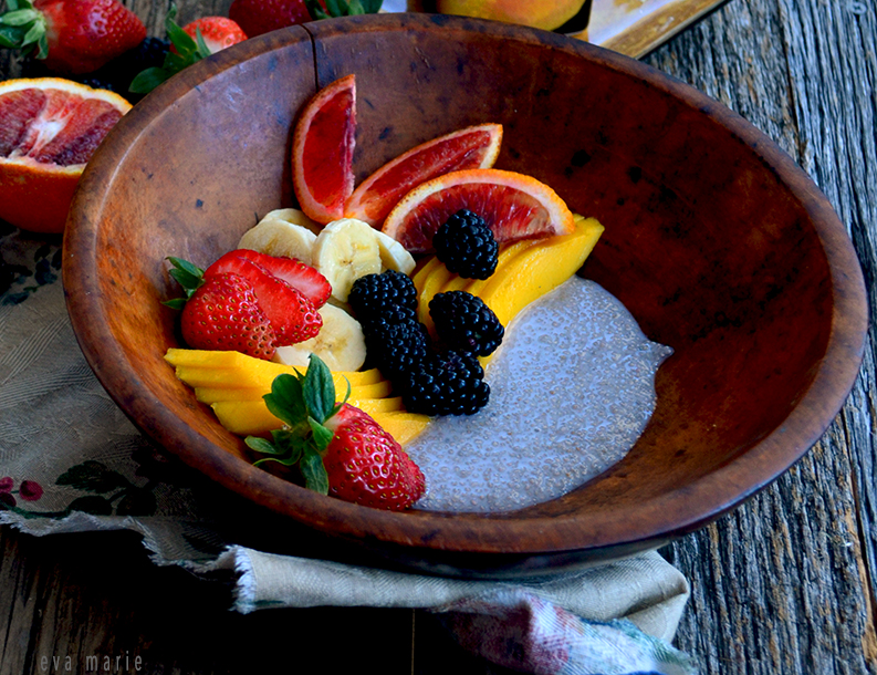 Healthy Fruit and Chia Pudding Bowl {Gluten/Dairy-free and Vegan}