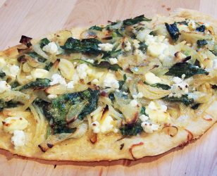 Spinach Onion Feta Pizza