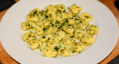 Gnocchi with Spinach Garlic and Parmesan Cream Sauce