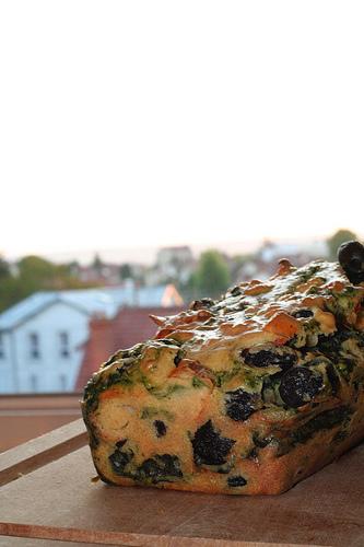 Cake au surimi et aux épinards