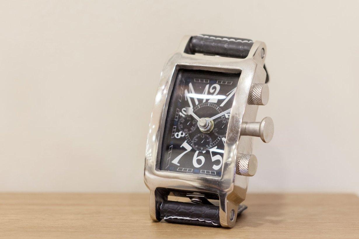 """Ρολόι Νο """"02"""""""