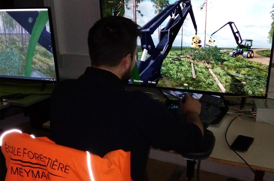 EPL de Haute-Corrèze simulateur de conduite atelier technologique