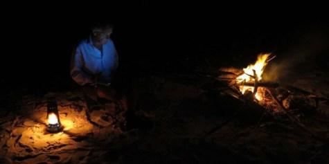 Première nuit au coin du feu.