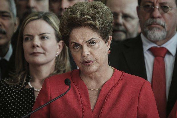 Pasadena: Dilma, Palocci e Gabrielli têm bens bloqueados pelo TCU