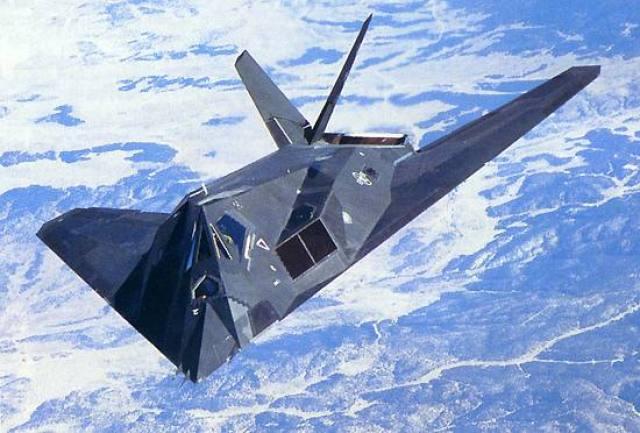 O avião de ataque furtivo F-117A Nighthawk, foi desenvolvido pela Lockheed Martin depois de trabalhar em tecnologia stealth, e depois de testar secretamente seu antecessor, Have Blue (Epoch Times)