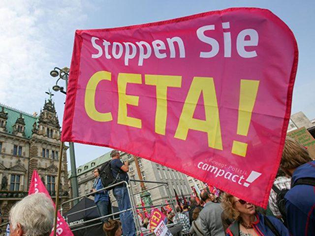 Kritikern ist Ceta ein Dorn im Auge, weil es als Blaupause für das noch umstrittenere Abkommen TTIP mit den USA gilt. Foto: Bodo Marks/Archiv/dpa