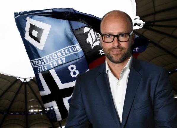 Der HSV-Manager Timo Kraus (44) verschwand in der Nacht zum 8. Januar 2017. Am 23. März wurde seine Leiche im Hamburger Hafenbecken gefunden. Foto: Screenshot/Facebook & Christof Koepsel/Bongarts/Getty Images / EPT