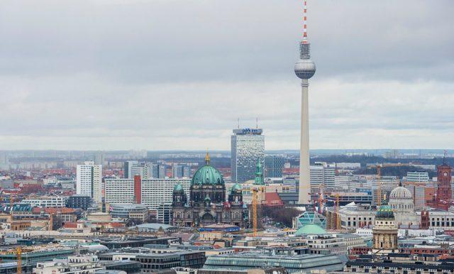 Berliner Funkturm und Fernsehturm Foto: JOHN MACDOUGALL/AFP/Getty Images