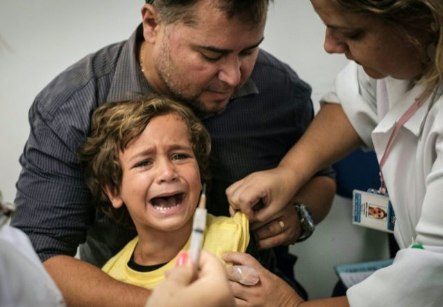 Ab sofort werden Kinder in Italien zwangsgeimpft. (Symbolbild) Foto: YASUYOSHI CHIBA/AFP/Getty Images