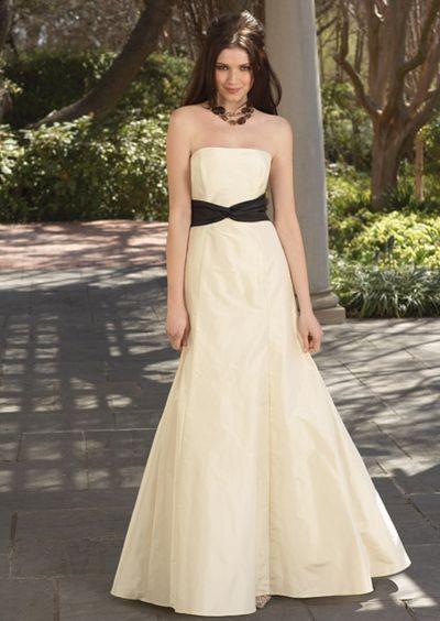 Вечернее платье от watters 2008. Фото с efu.com.cn