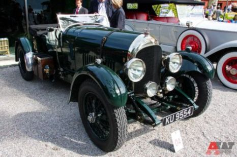 Bentley 3 Litre 4-scater tourer Van den Plas (1923). Фото: autoweek.ru