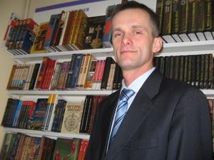Сергей Кайкин: Чтение книги – это особый процесс прикосновения. Фото: Татьяна ПЕТРОВА/Великая Эпоха