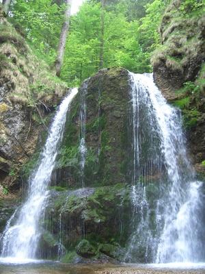 Вода ганьлань должна обладать похожим живительным действием, как и родниковая вода этого водопада. Фото: TS/pixelio.de