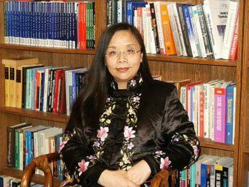 Экономист г-жа Хэ Цинлянь. Фото: Великая Эпоха