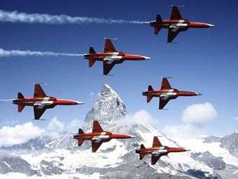 Истребители ВВС Швейцарии. Фото с defpro.com