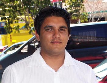 Джеймс Пьерис, 26, продажи машин. Фото: Epoch Times