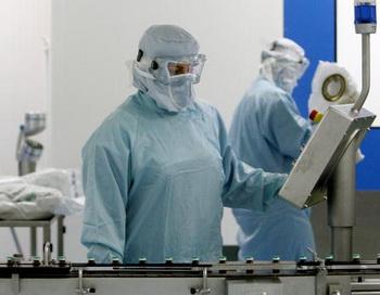 Число случаев заболевания гриппом A/H1N1 в России приближается к тысяче. Фото: THOMAS COEX/AFP/Getty Images News