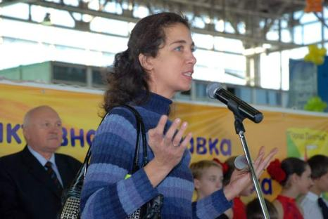 Постоянный посетитель выставки, мама четверых детей Марианна Чикичова: